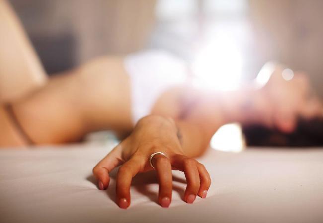 σέξι μελαχρινή πορνό φωτογραφίες