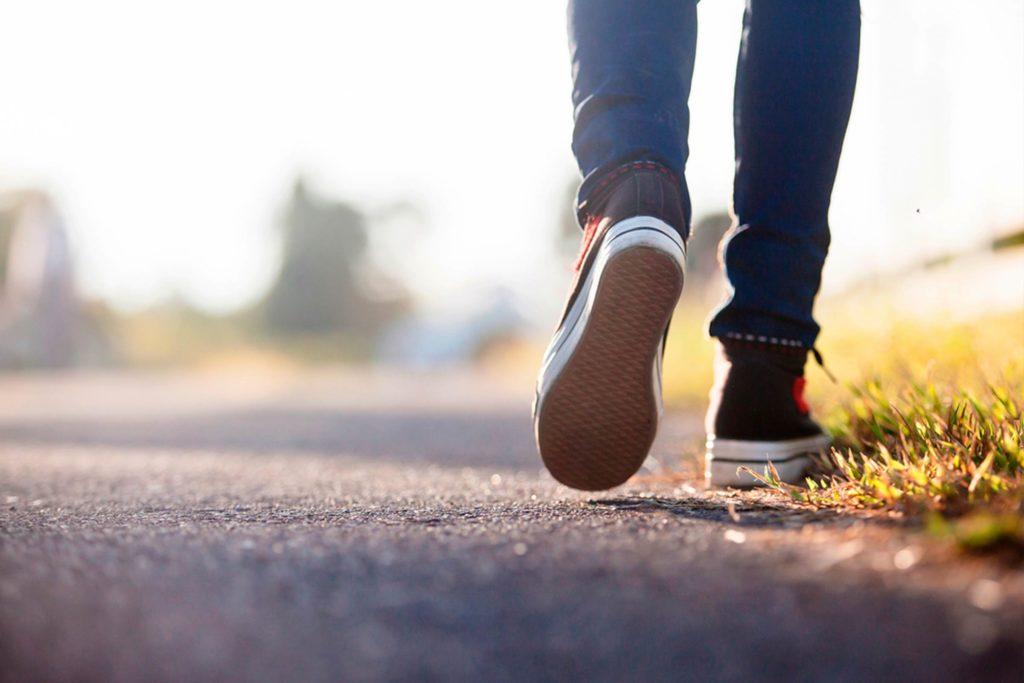 Περπάτημα: Πόσο πρέπει να περπατάτε την ημέρα για να αδυνατίσετε
