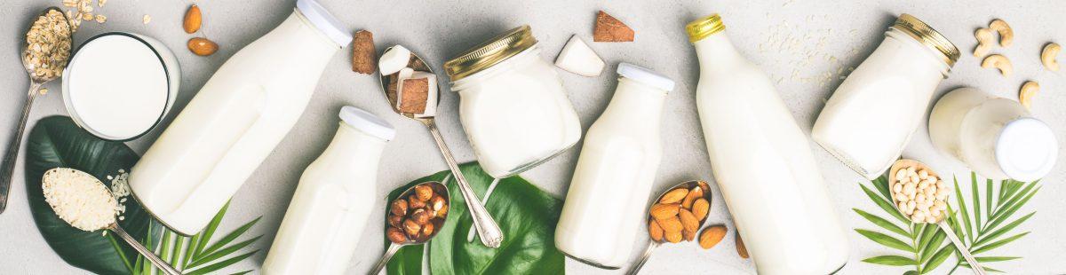Γάλα σόγιας ή αμυγδάλου; Τι να διαλέξετε;