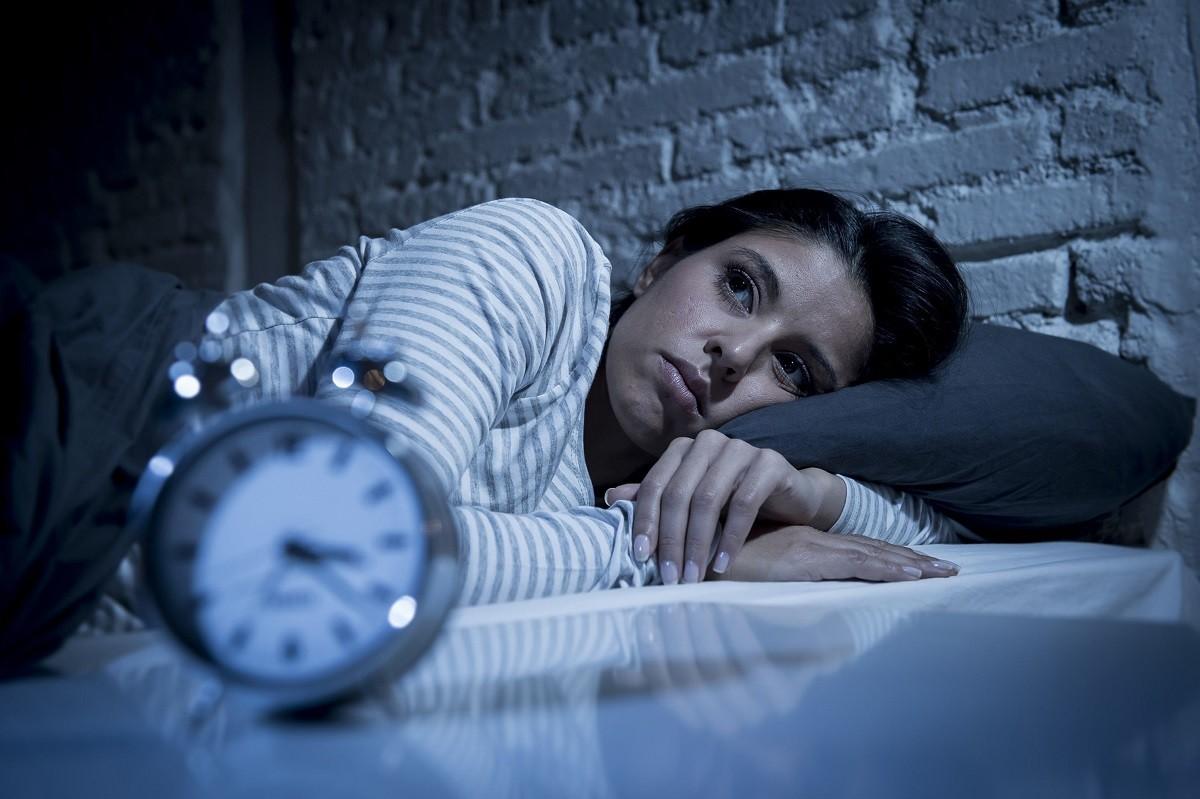 γυναίκα δεν μπορεί να κοιμηθεί