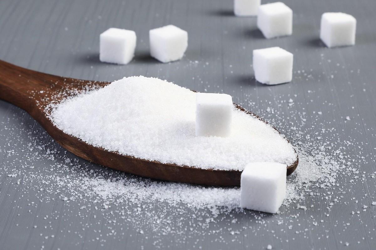 κουτάλι με ζάχαρη