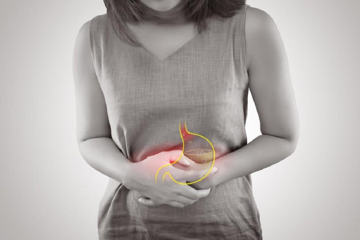 Στομάχι: Τα 5 συμπτώματα της γαστροοισοφαγικής παλινδρόμησης
