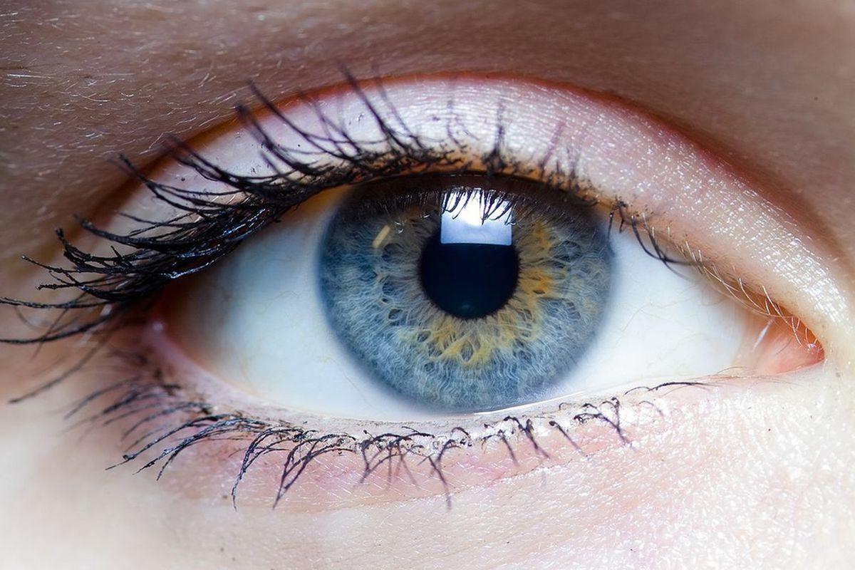 ένα απο τα μάτια μιας γυναίκας