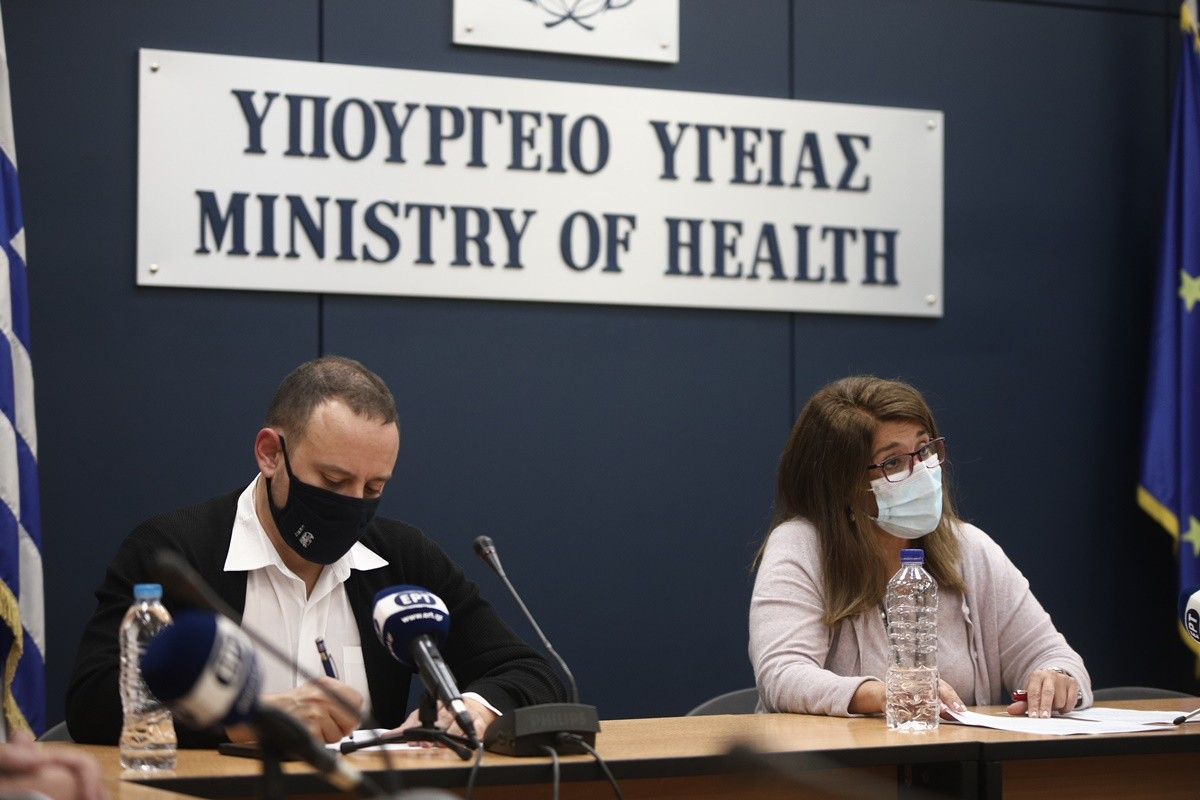 Παπαευαγγέλου – Μαγιορκίνης: Που βρίσκεται επιδημιολογικά η Ελλάδα σήμερα