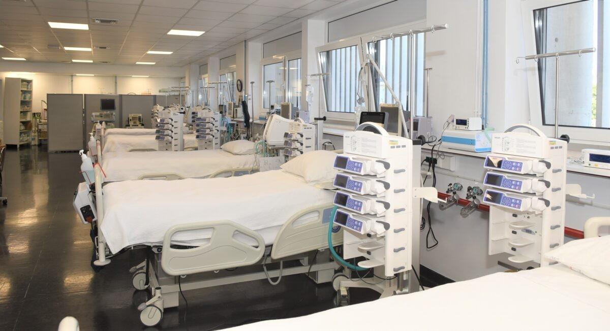 Υπουργείο Υγείας: Επέκταση συνεργασίας του ΕΣΥ με τον ιδιωτικό τομέα Υγείας για Covid και non Covid ασθενείς