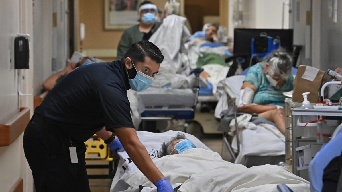 ασθενείς που τους έχει χτυπήσει ο κορωνοϊός μέσα στο νοσοκομείο