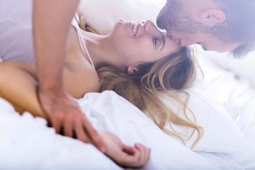 ζευγάρι που κάνει σεξ